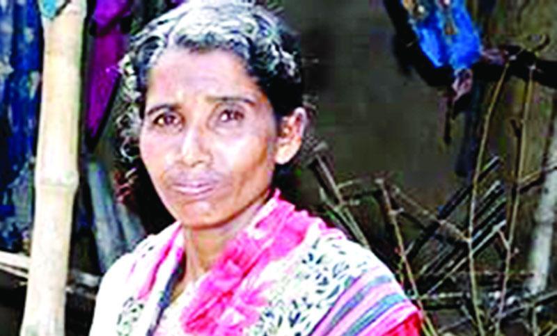 প্রধানমন্ত্রীর পক্ষ থেকে ঘর পাচ্ছেন প্রতিবন্ধী রুবিনা