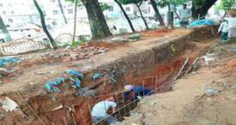 হযরত মানিক পীর (রহ.) গোরস্তান অবমাননা: শুক্রবার অবস্থান কর্মসূচী